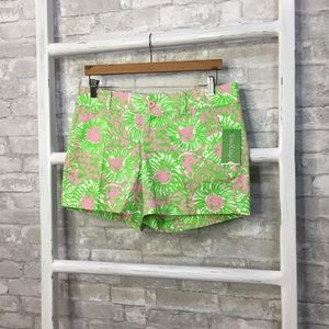 Lilly Pulitzer Shorts - Lilly Pulitzer The Callahan Short Sunnyside Size 8